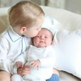 The world has been taken in by the first official pics featuring Prince George with his new baby sister, Princess Charlotte, for the first time. If you missed it, we...